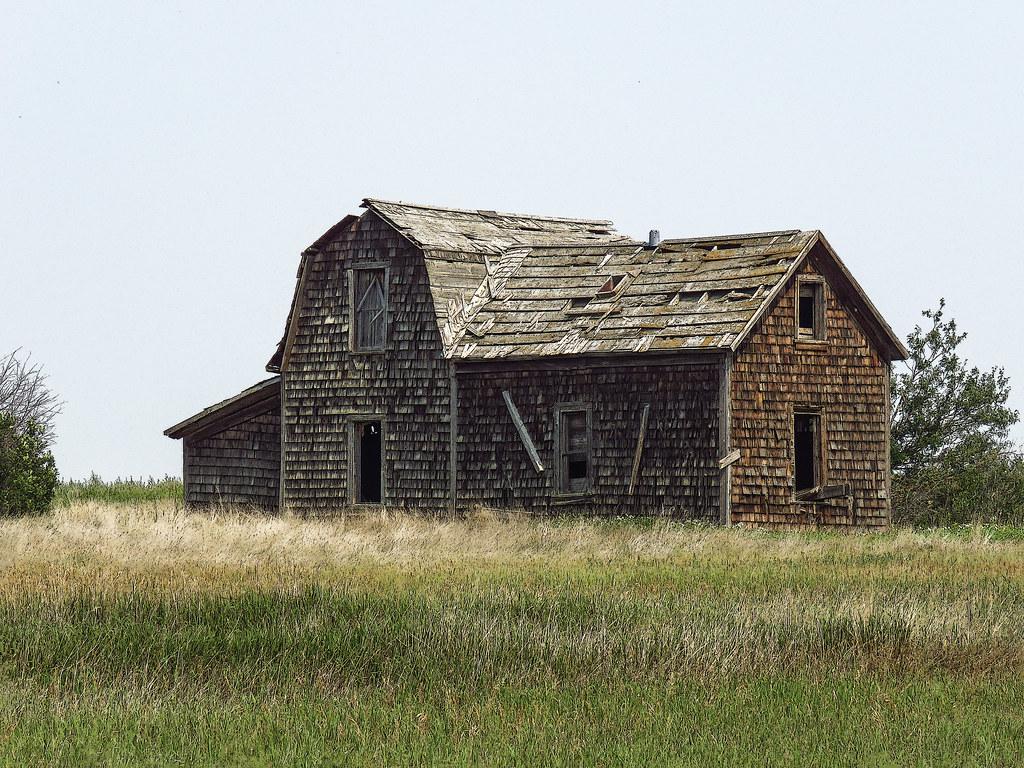 03 Fine old shingled house