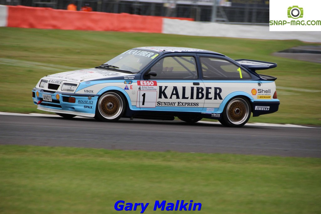 Ford Sierra Cosworth RS500 (Kaliber Rouse) 1989 - Thomas & Lockie (Silv.19ck)