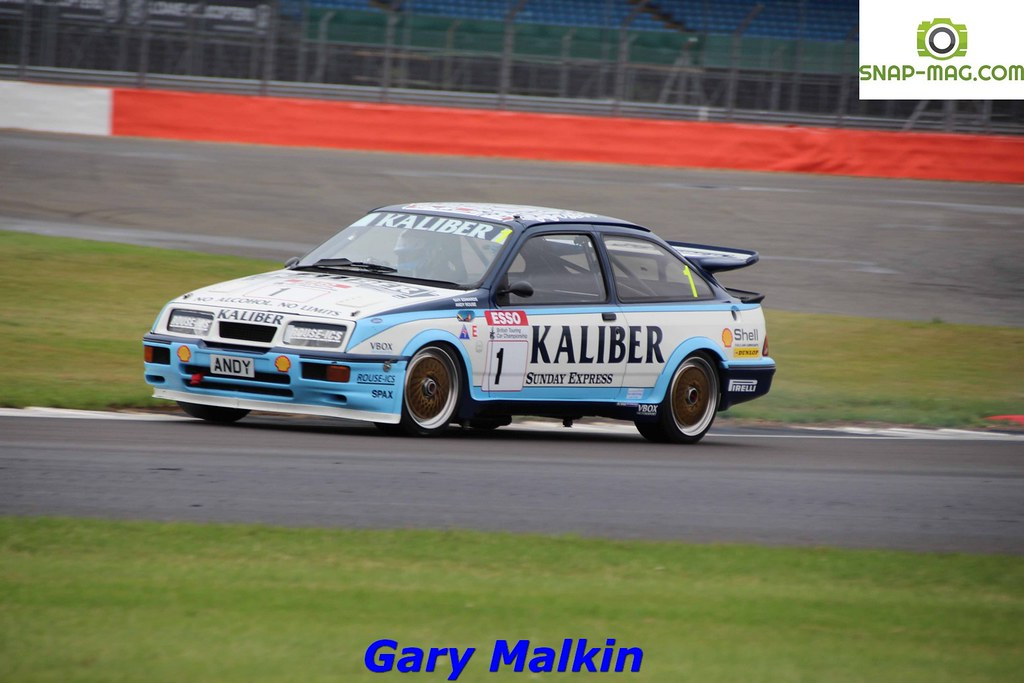 Ford Sierra Cosworth RS500 (Kaliber Rouse) 1989 - Thomas & Lockie (Silv.19cd)