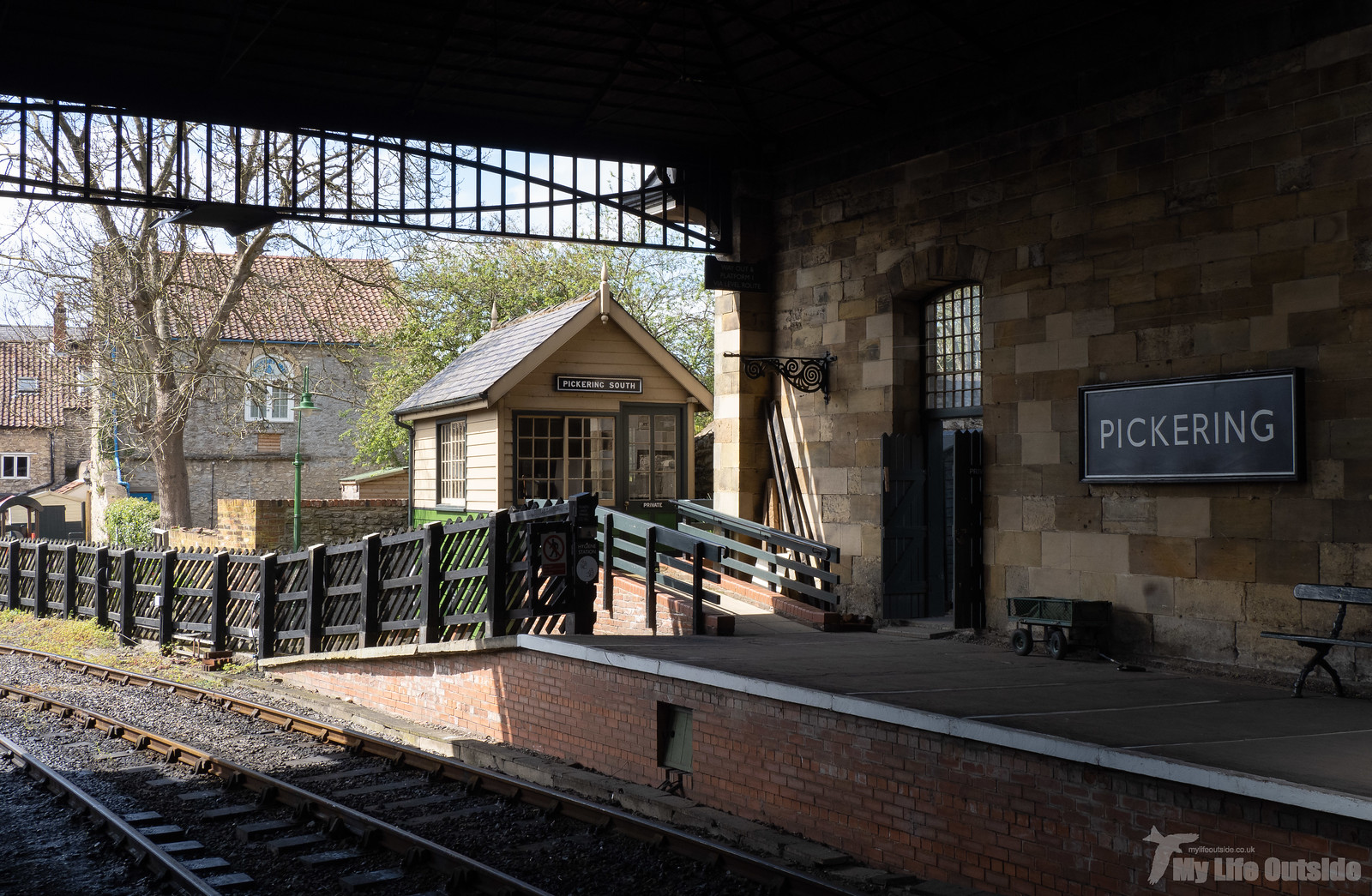 P5172173 - North York Moors Railway