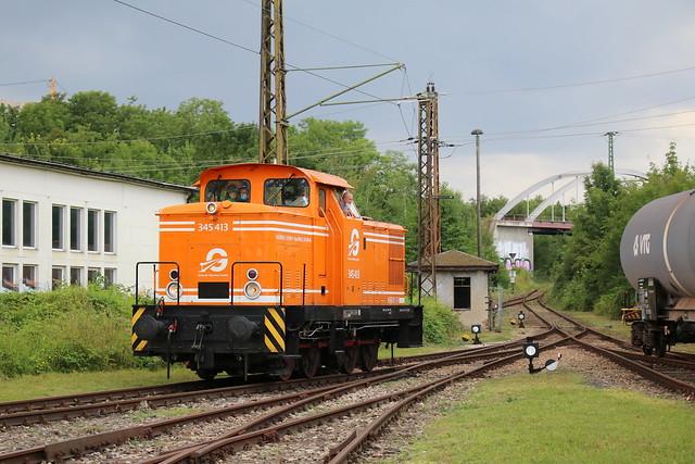 Erfurter Gleisbau GmbH: 345 413 im Eisenbahnmuseum Weimar