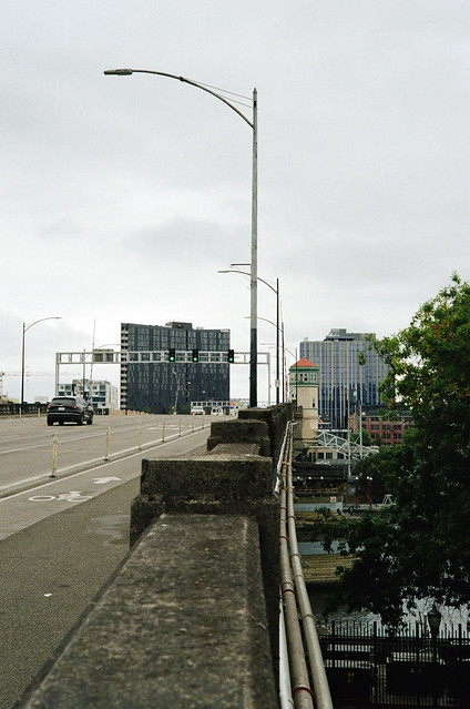 Burnside Bridge Approach, Eastbound