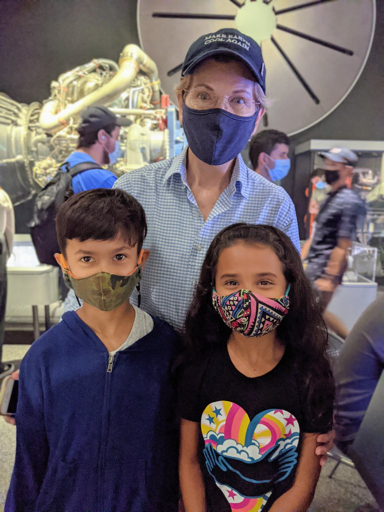 08-01-21 Family Vacation 18 (Leo, Elizabeth Warren, & Luna)