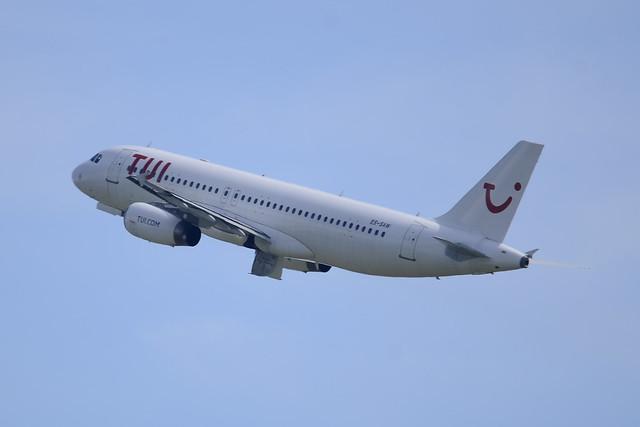 ES-SAW Airbus A320-232 c/n 2628