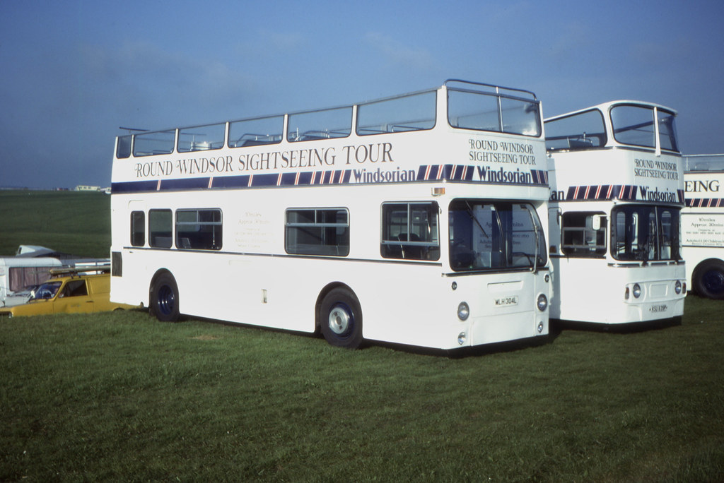 11776T - Windsorian Coaches, Windsor MLH 304L - Epsom Downs (Derby Day) - 6 Jun 1984