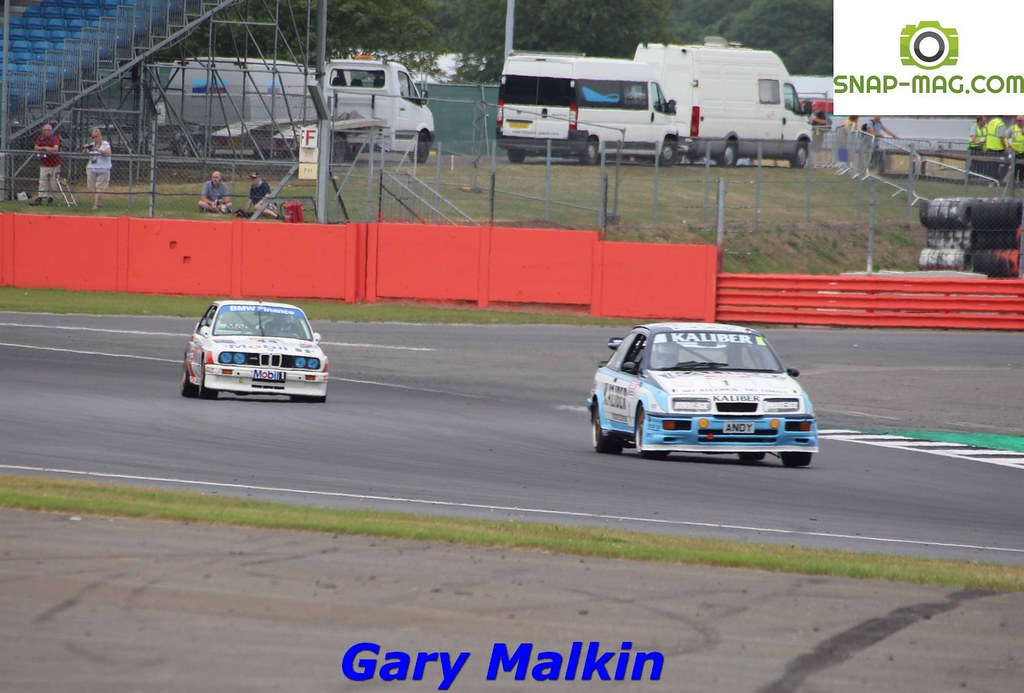 Ford Sierra Cosworth RS500 (Kaliber Rouse) 1989 - Thomas & Lockie (Silv.19ad)