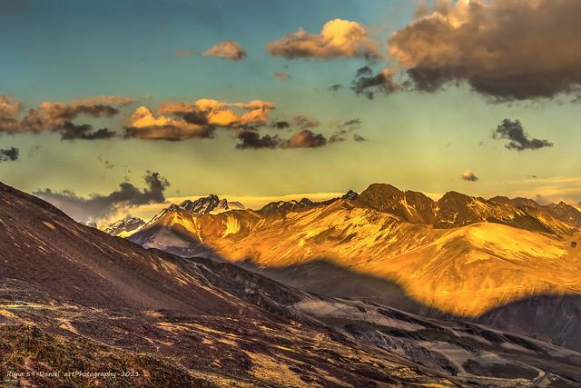 Montañas mineral (Explore)