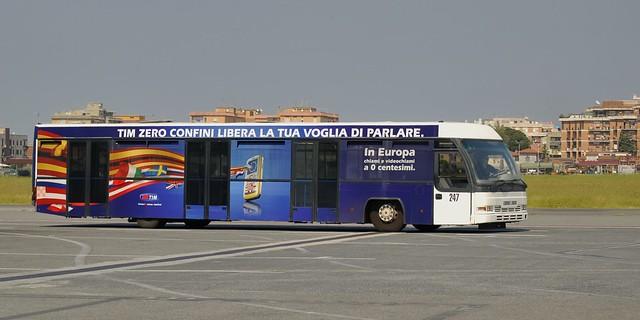 Cobus 3000 apron bus, Aeroporto di Roma-Ciampino