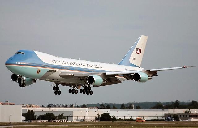 82-8000   USAF United States Air Force   Boeing 747-2G4B (VC-25A)