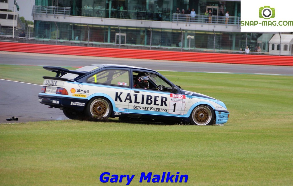 Ford Sierra Cosworth RS500 (Kaliber Rouse) 1989 - Thomas & Lockie (Silv.19cn)