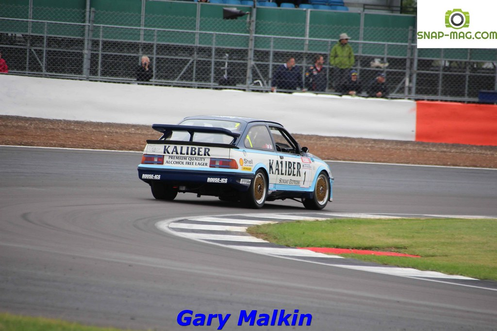 Ford Sierra Cosworth RS500 (Kaliber Rouse) 1989 - Thomas & Lockie (Silv.19ce)
