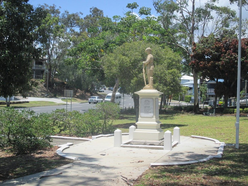 Manly Qld : War Memorial