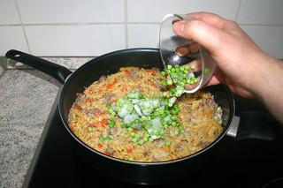28 - Add peas / Erbsen hinzufügen