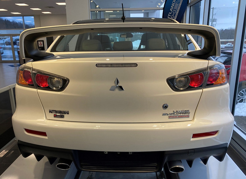 2015-Mitsubishi-Lancer-Evolution-Final-Edition-6