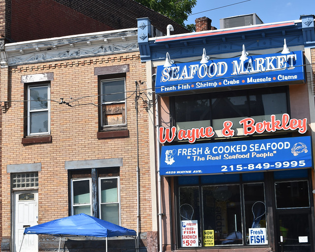 Wayne & Berkley - Seafood Market