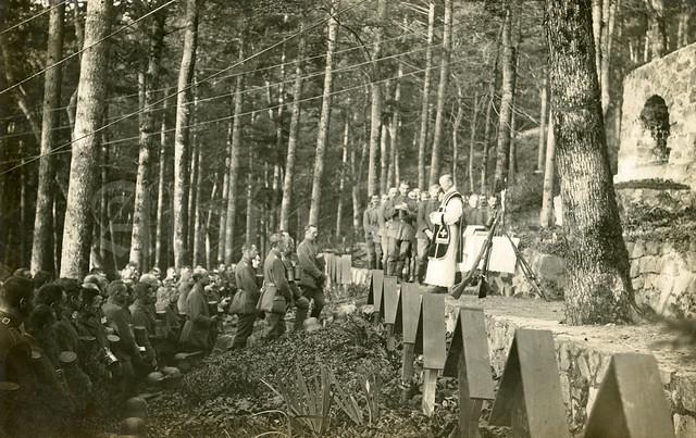 Hartmannswillerkopf : Feldgottesdienst Friedhof Ldw.Inf.Rgt 124