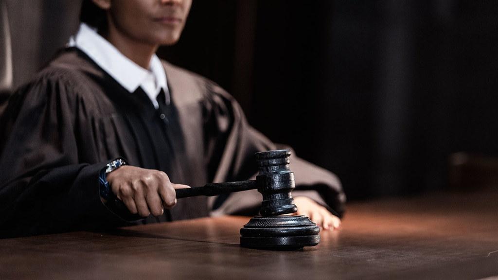 Injury Attorney Elmhurst - Makarone Law Firm (888) 981-7009