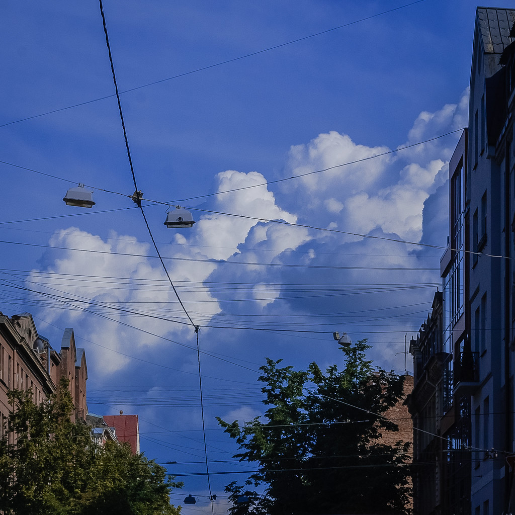 Great sky . explore DSC_3943-2