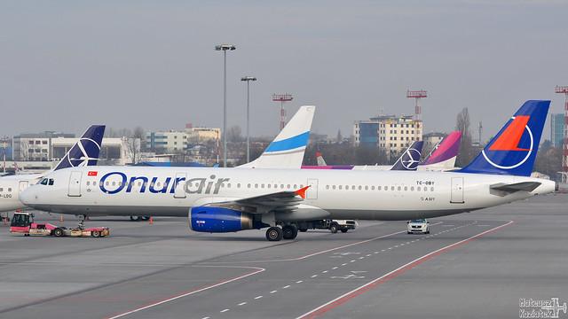 Onur Air 🇹🇷 Airbus A321-200 TC-OBY