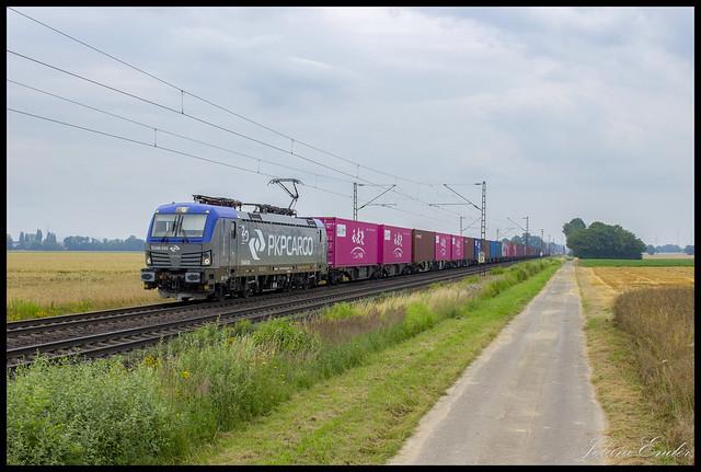 [Lindhorst, Vornhagen] PKP Cargo 193 520