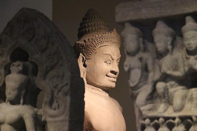 Détail d'un dvarapala(Cambodge)