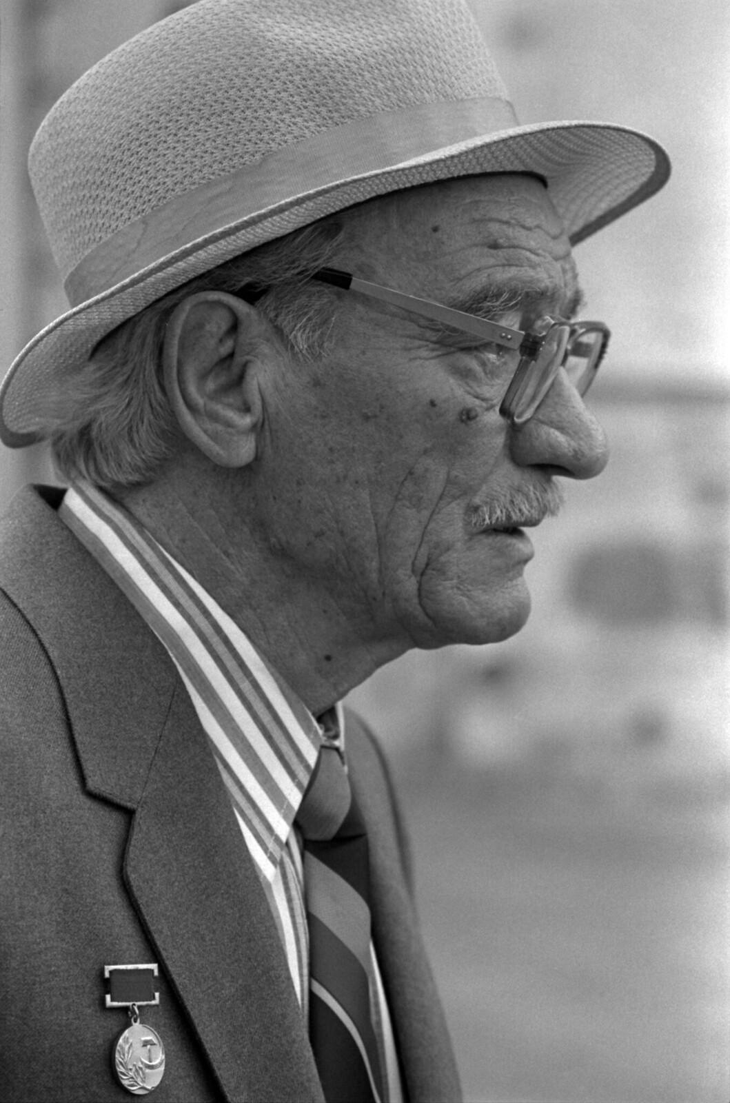 1988. Новгород, Гавриил Троепольский на празднике славянской письменности