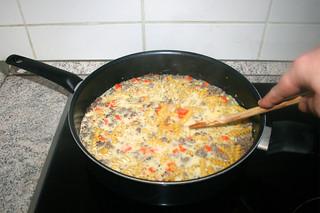 25 - Scramble & bring to a boil / Verrühren & aufkochen lassen