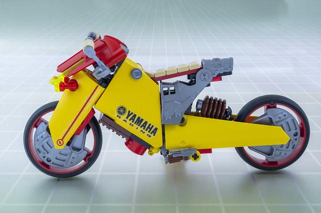 Yamaha FY2 (05)