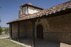 Valdeavellano de Ucero, iglesia de San Vicente Diácono.