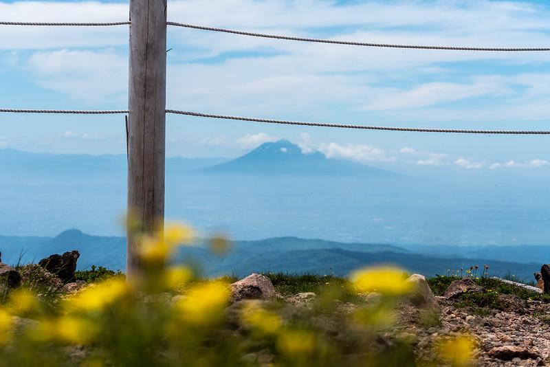 八甲田大岳山頂