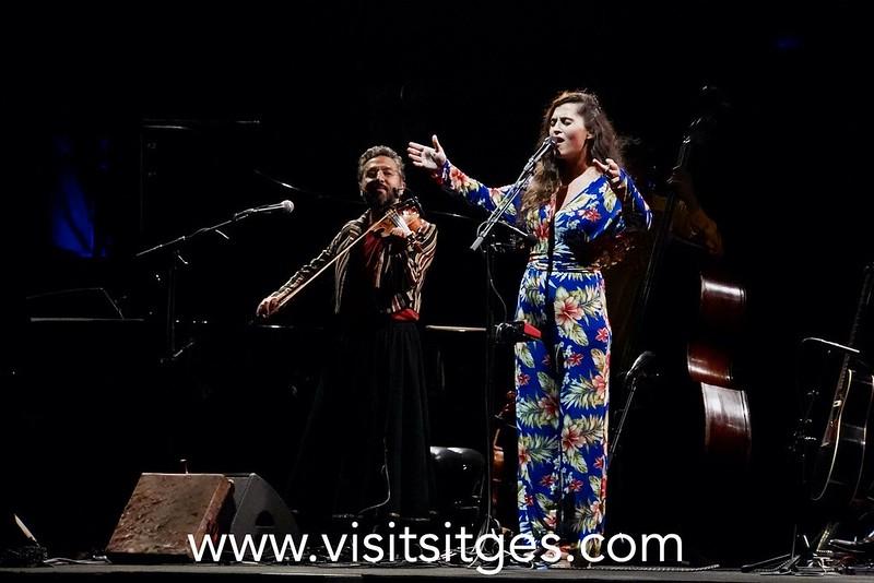 La voz de Sílvia Pérez Cruz seduce al Festival Jardins de Terramar de Sitges