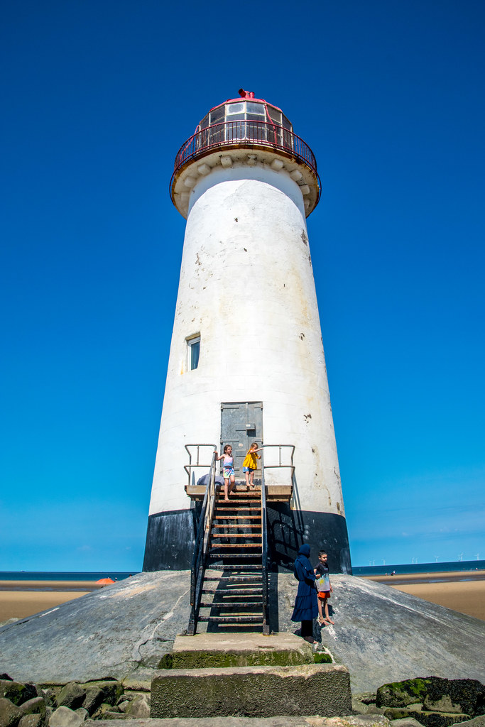 Lighthouse to guide into the Dee
