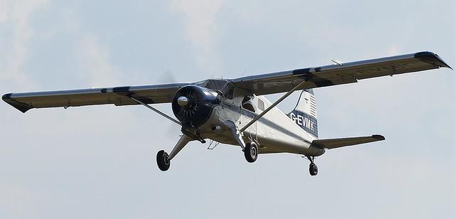 1953 De Havilland DHC-2 Beaver G-EVMK USAAF 53-3718