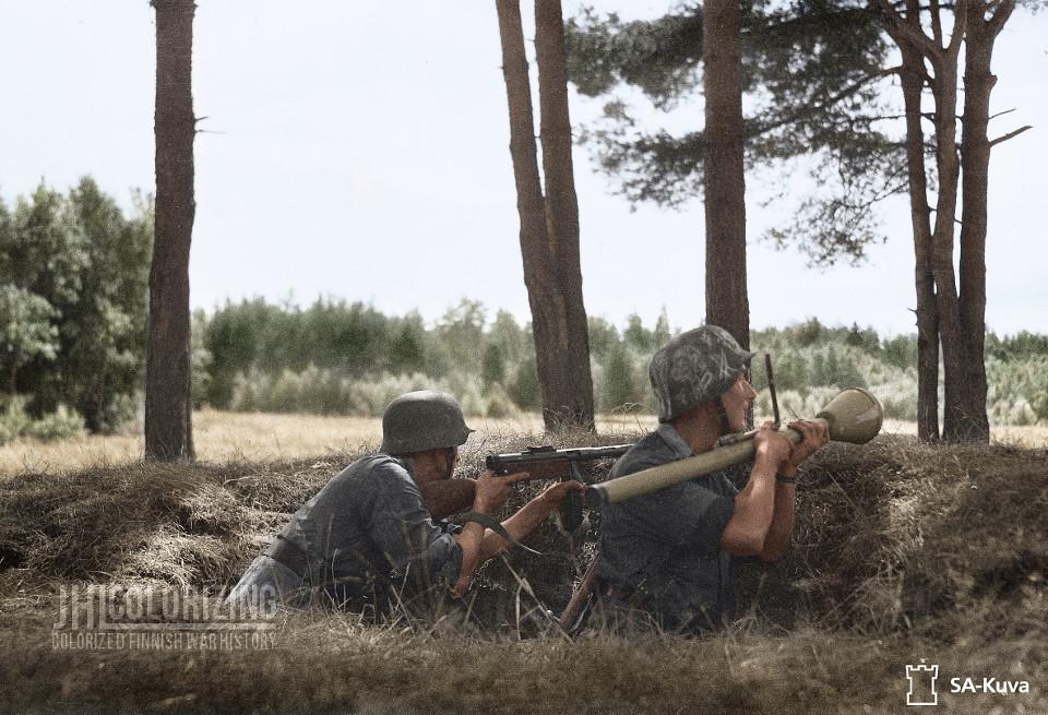 Panssarinyrkki, 1944