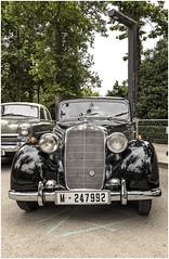 957- FRONTAL DE UN MERCEDES 170 - SD- DEL AÑOS 50 -MATRICULADO EN 1960