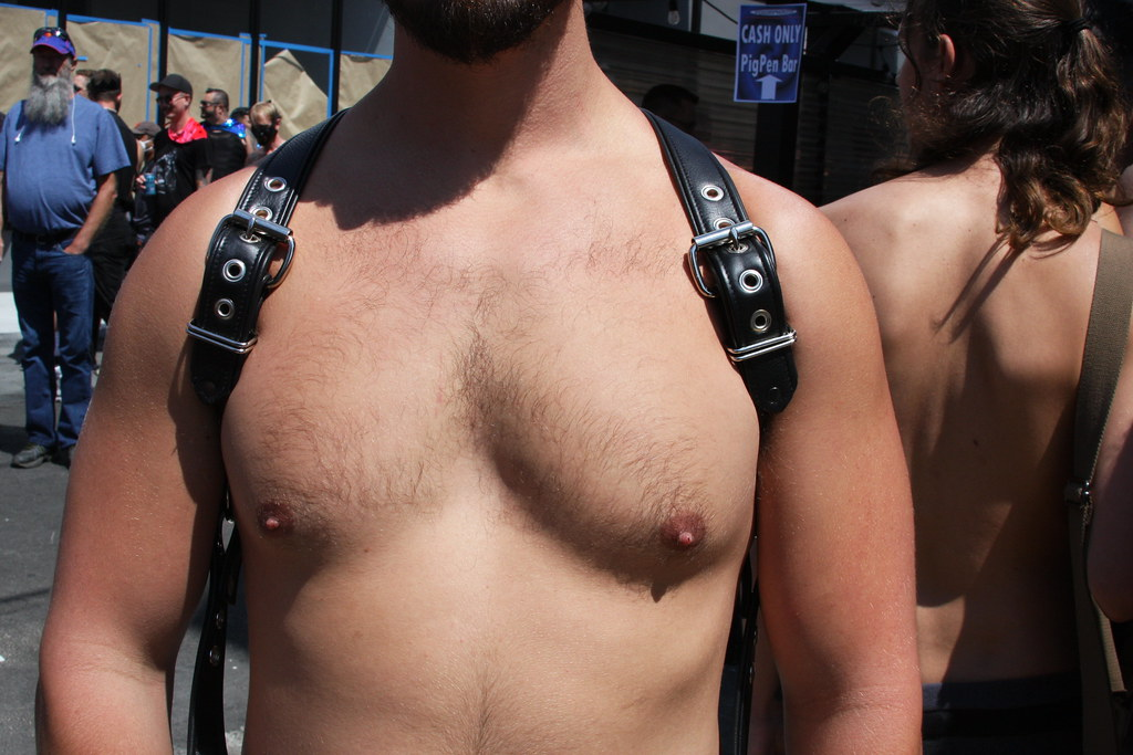 SEXY SMOOTH  MUSCLE  HUNK  ! photographed by ADDA DADA at DORE ALLEY  !!!  ( safe  photo )