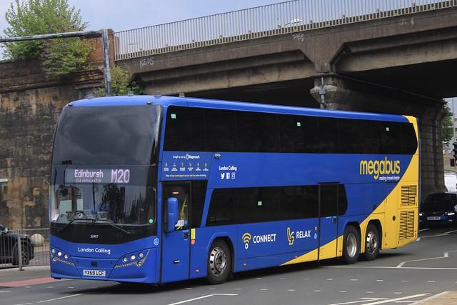 Megabus 50487 / YX69 LCF