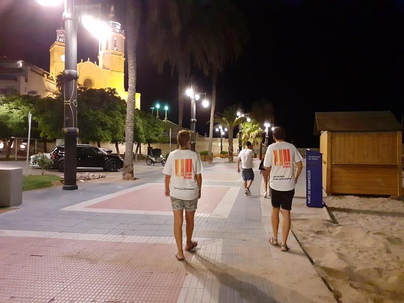 Los agentes de convivencia y civismo en Sitges refuerzan el servicio en horario nocturno