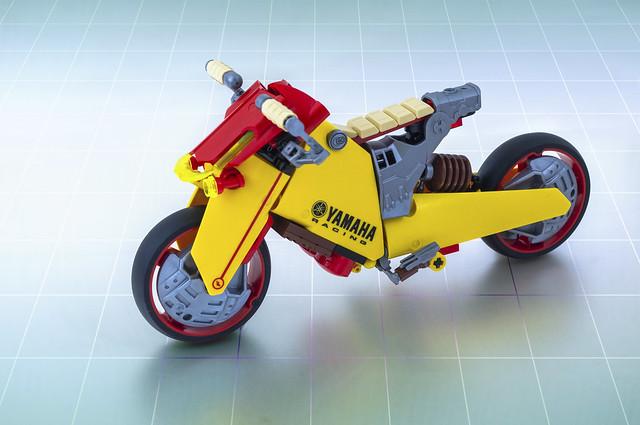 Yamaha FY2 (01)