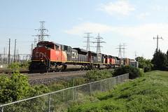 CN 421 at Aldershot East ud83dudc81u200du2640ufe0f