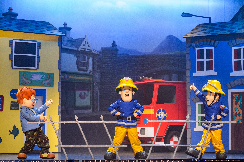 Fireman Sam Live! - Fireman Sam Saves The Circus