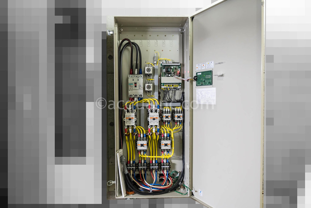 EPC2B15SL 制御盤内