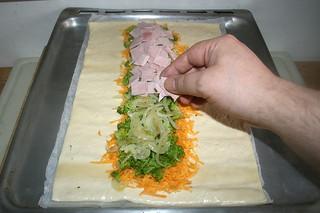 11 - Cover with ham / Mit Schinken bedecken