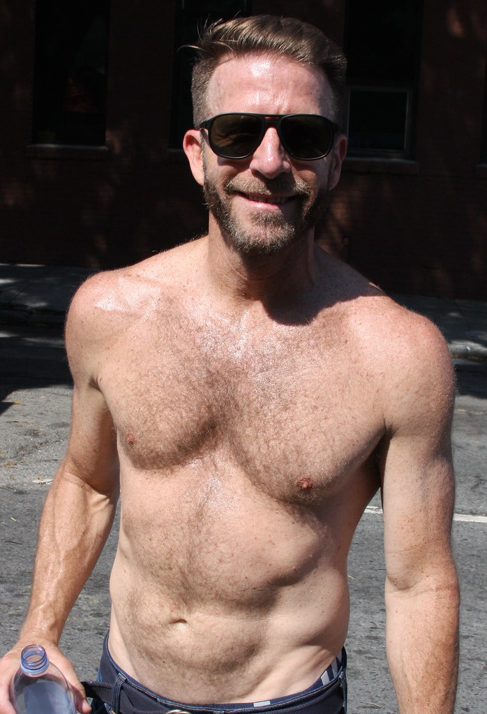 DAMN SEXY MUSCLE HUNK  ! photographed by ADDA DADA at DORE ALLEY  !!!  ( safe   photo )