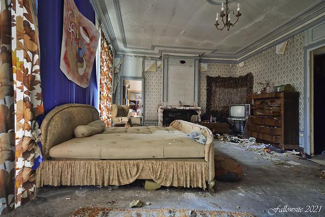 Le mystère de la chambre bleue.