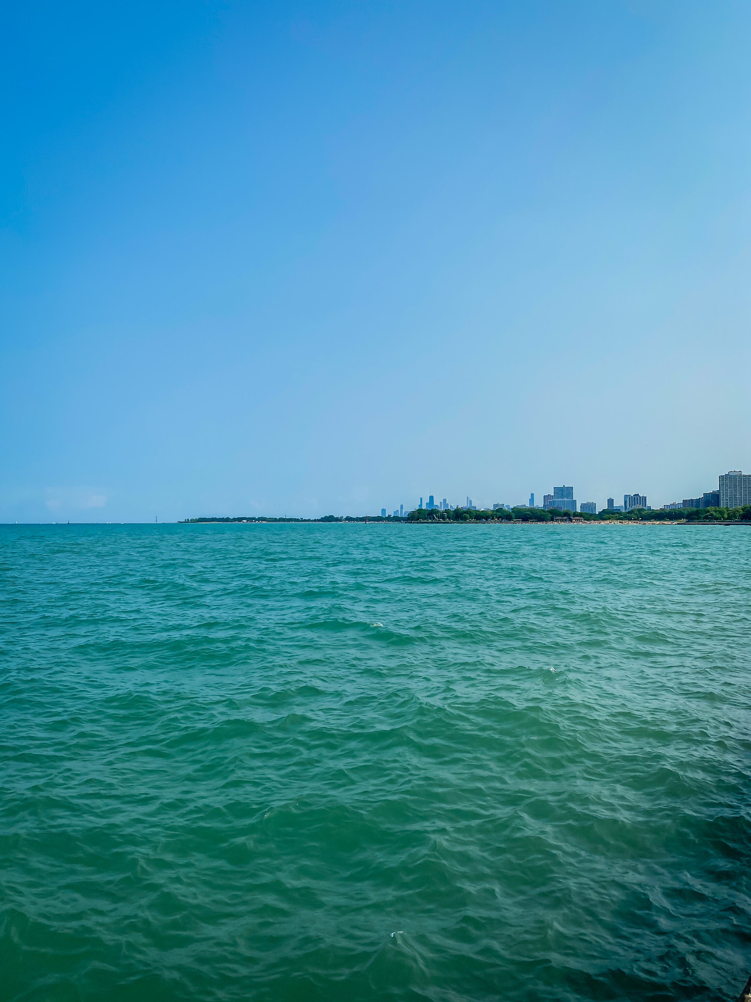 First Time In Chicago: The Perfect 3 Day Itinerary | Chicago Travel Guide | 72 Hours in Chicago | 3 Days in Chicago Itinerary | What to do in Chicago | Where to Stay in Chicago | Ultimate Chicago Bucket List | Top Things to Do in Chicago | First Timer's Guide to Chicago | Kathy Osterman Beach Lake Michigan