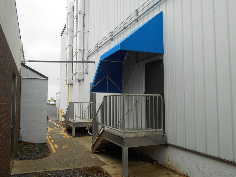 building-stairway-awning_23705857519_o_2