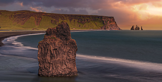 Reynisfjara beach (Iceland)