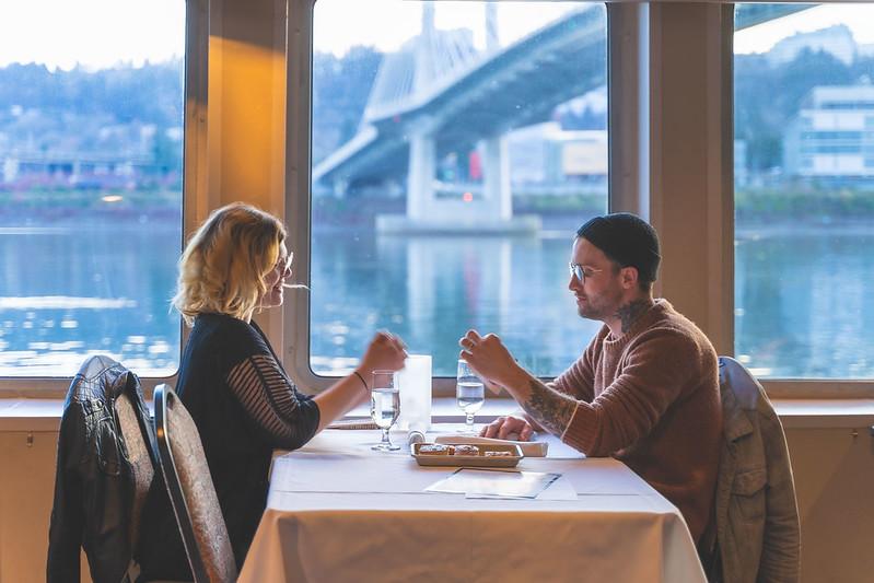 couple dining on portland spirit