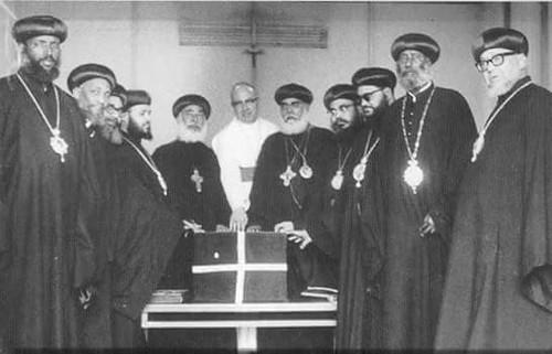 الأنبا تيموثاوس الأسقف العام (2)